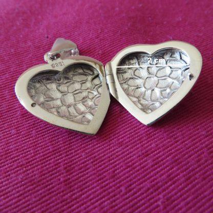 Pendentif cassolette coeur