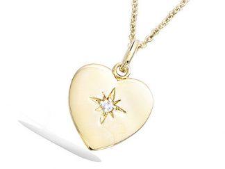 pendentif plaqué or coeur etoile