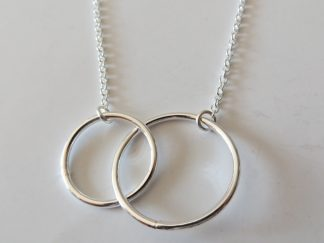 collier double anneaux