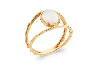 Bague or ovale pierre lune